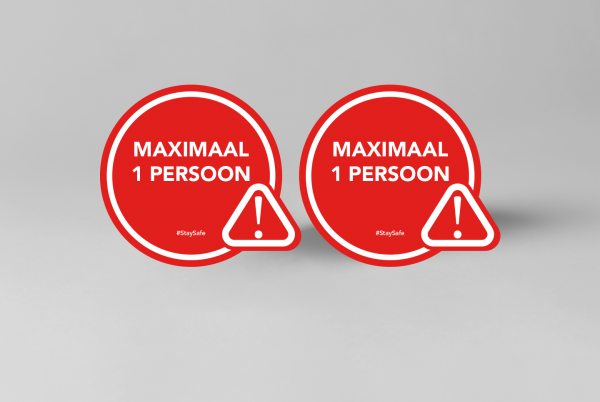 SDSNL00121-maximaal-1-persoon-rood-wit-15cm-x-13cm